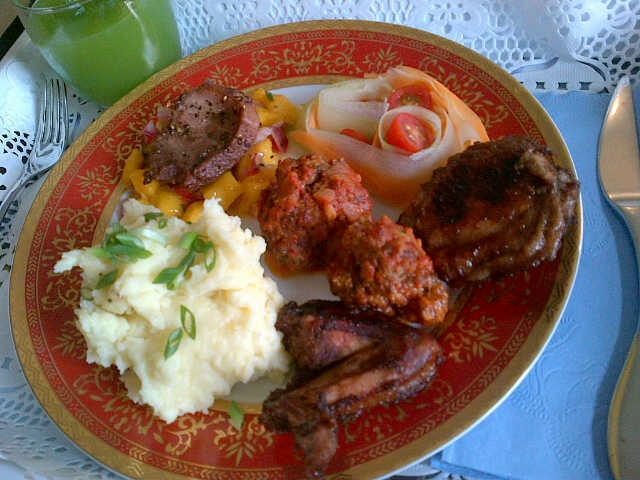 Potato Mash, Carribean Chicken, Meat balls, Minute Steak and Mango Salsa, Cucumber and Carrot Salad and Mean Green Cucumber Juice.