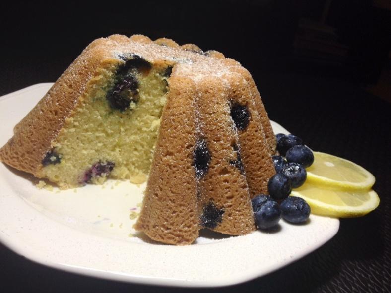 Blueberry and Lemon Cake cut