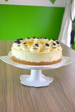 Full Lemon Cheese Cake with stand