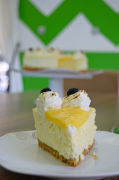 Lemon Cheese Cake Slice 2
