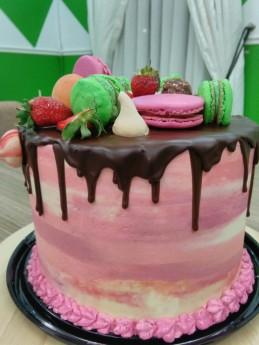 mac cake 3